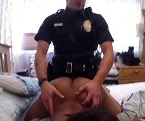 Cops fuck ตำรวจหื่นบุกเย็ดเมียวัยรุ่น บังคับให้ผัวนั่งดู