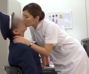 หนังโป๊xxx นางพยาบาลเข้าเวรกะดึกเหงาหี เอารปภ.ทำผัว
