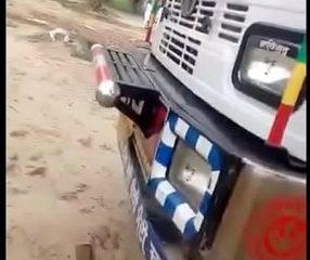 clipคนขับรถบรรทุกสิบล้อหื่นแอบเย็ดหญิงบนรถ (18+)