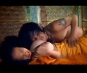 หนังโป๊ไทยเรทR นางเอกนมใหญ่มาก เย็ดกันริมน้ำตก