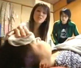 ThaiJAV เขยแสบแอบเย็ดแม่ยายป่วย แกล้งเนียนเช็ดตัวให้