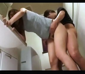 แอบฉุดเมียพี่ไปเย็ดในห้องน้ำ ทั้งขืนทั้งขัดแต่ดันงัดหีรับเฉย